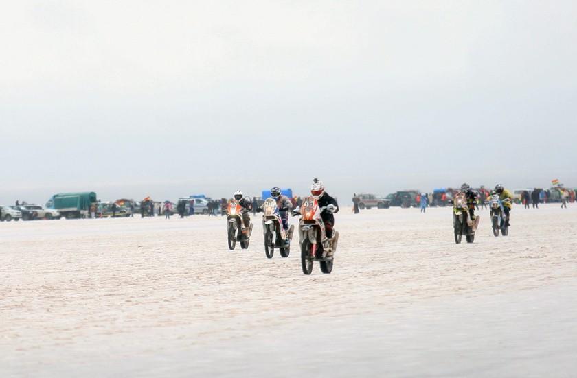 ABC reporta que lluvias no afectaron la ruta del Dakar