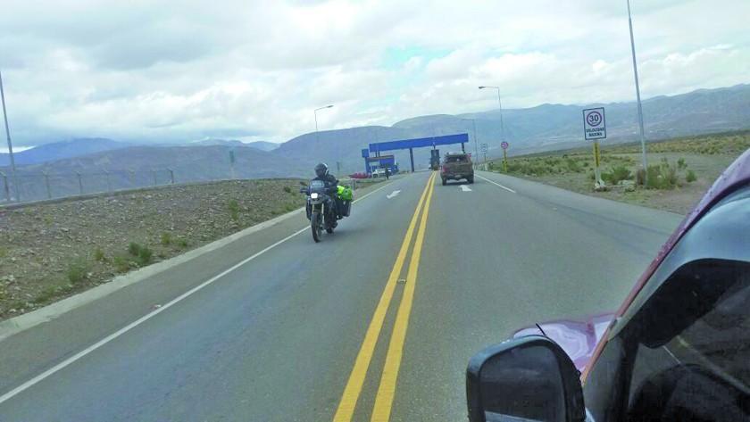 Policía pide precaución en las carreteras por las lluvias