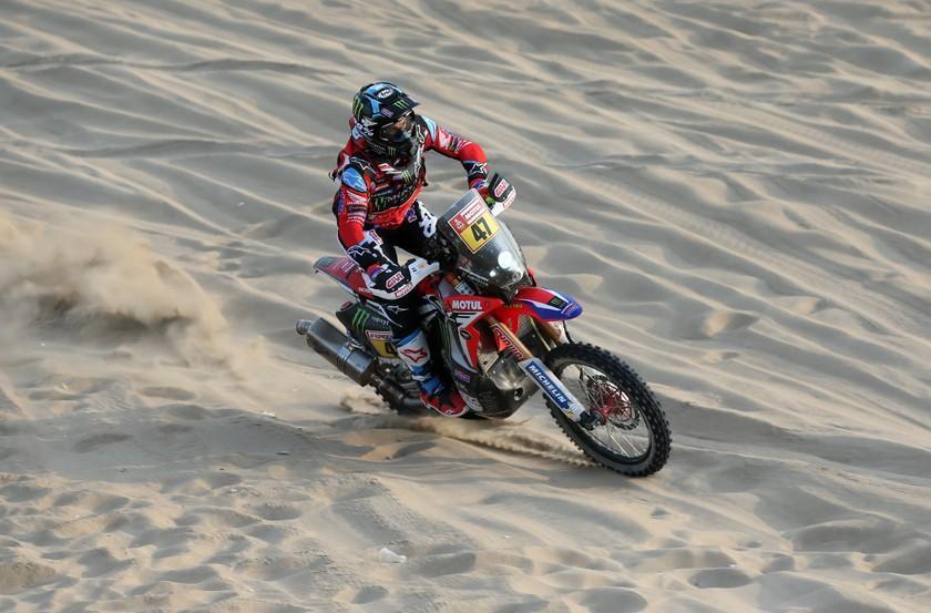 Benavides hace historia en el Dakar