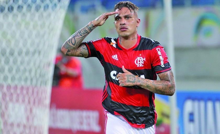 Flamengo suspende contrato de Guerrero