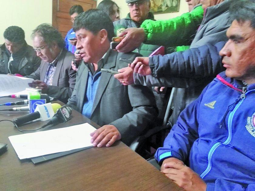 Demuestran perjucios que generan los paros en Potosí