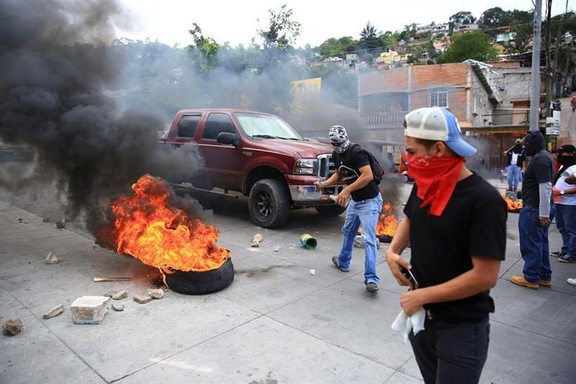 Protestas en Honduras dejan un fallecido por un disparo