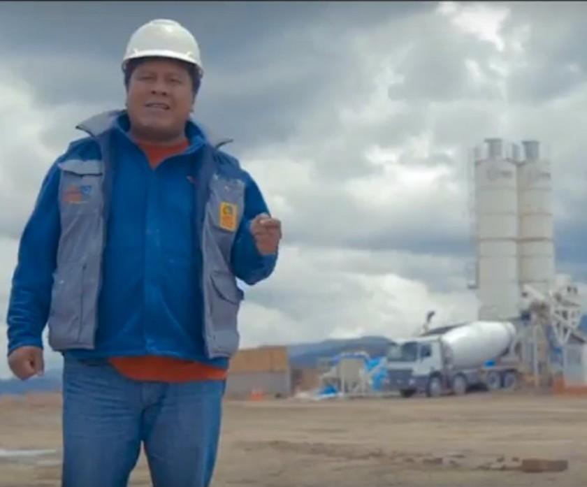 Promocionan a la fábrica de cemento en YouTube