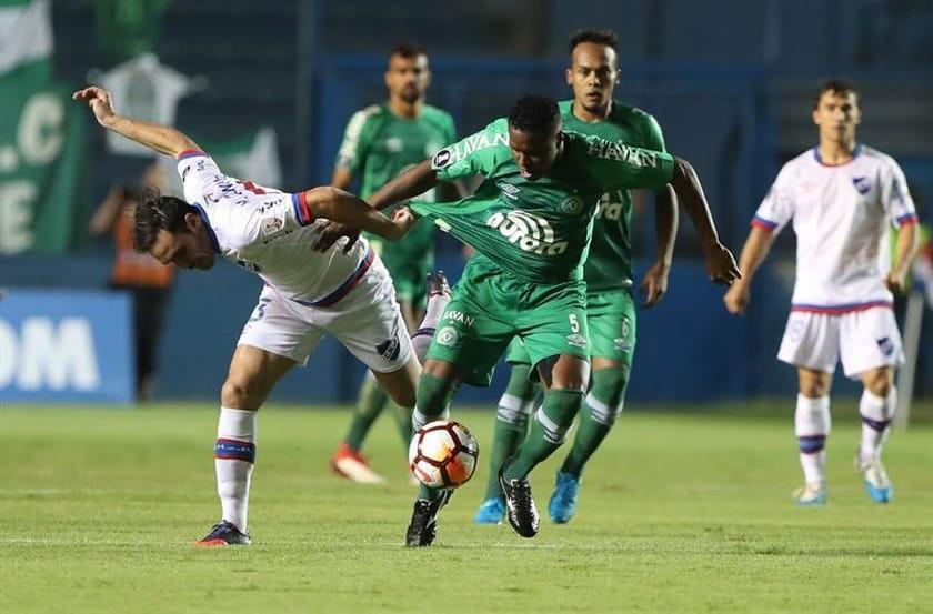 Nacional elimina a Chapecoense
