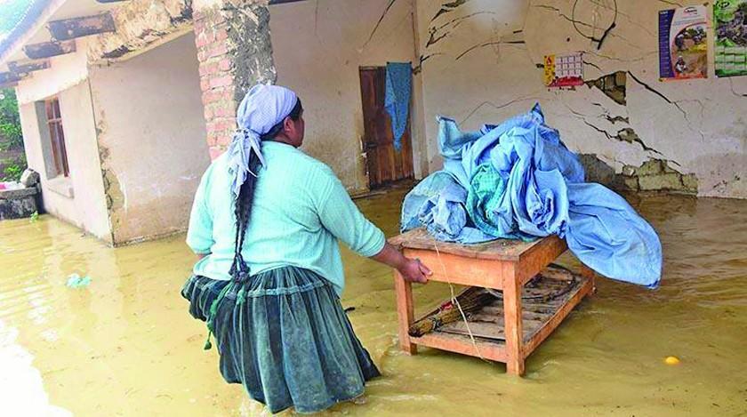 Declaran alerta naranja por lluvias en 7 departamentos