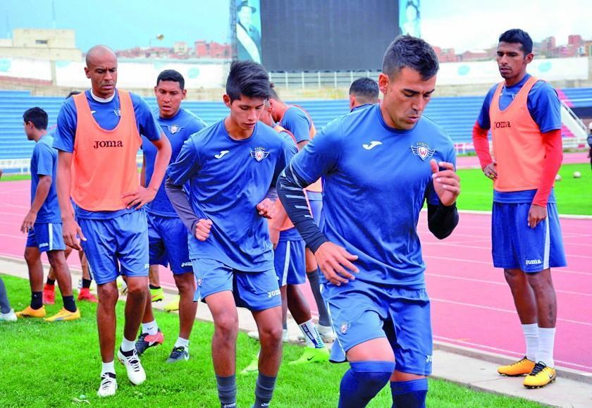 Wilstermann, Wanderers, Banfield y Guaraní están urgidos de goles