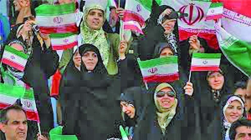 Irán permitirá mujeres en los estadios
