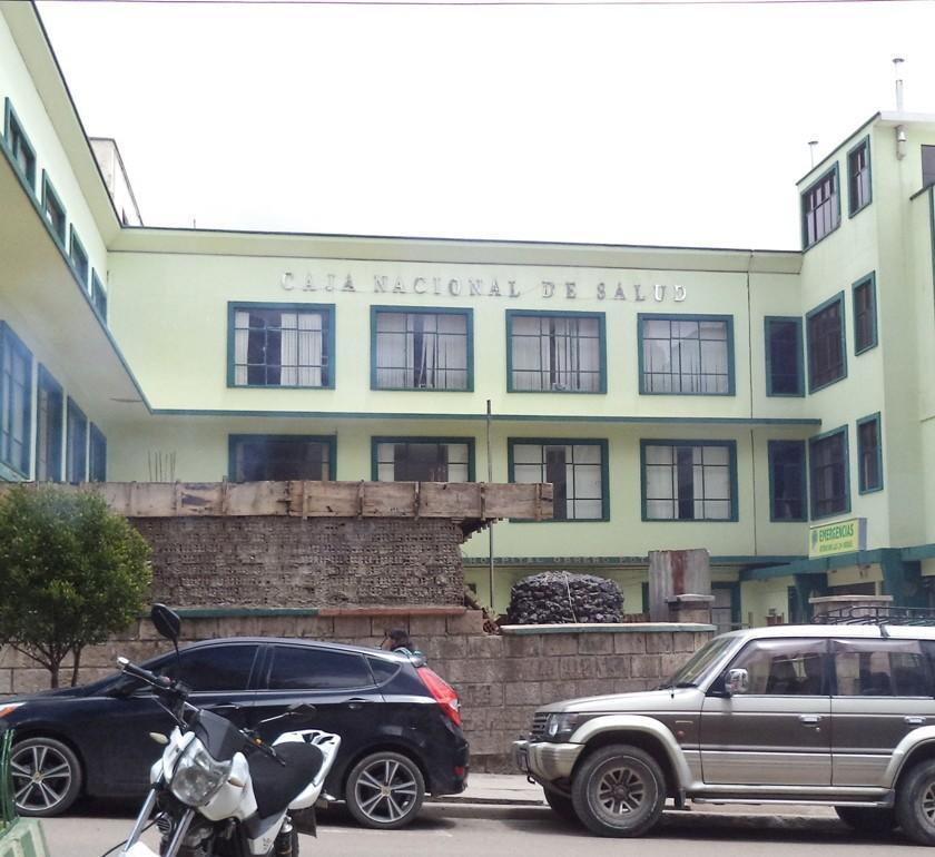Denuncian un supuesto sobreprecio en obras de la Caja de Salud de Potosí