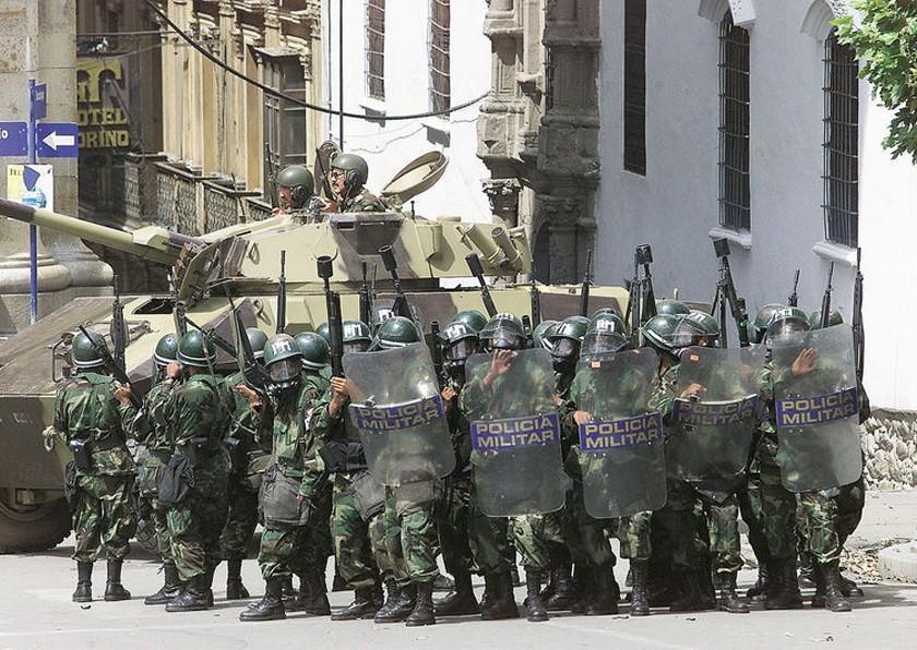 Revelan que le advirtieron a Sánchez de Lozada del uso de la fuerza militar