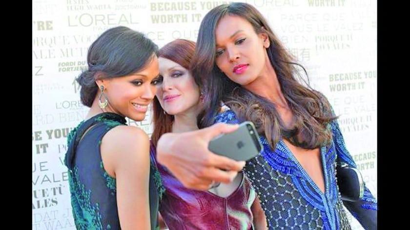 Festival de Cannes prohíbe las selfis en la alfombra roja