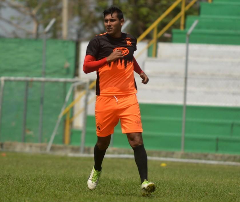 Guabirá pierde a José Alfredo Castillo por lesión
