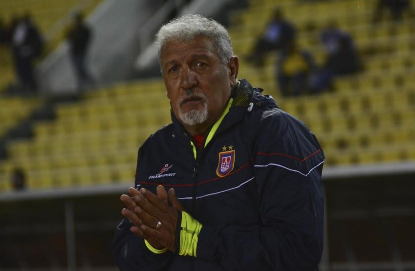 Dirigentes respaldan a Sanz y ahora evaluarán a jugadores