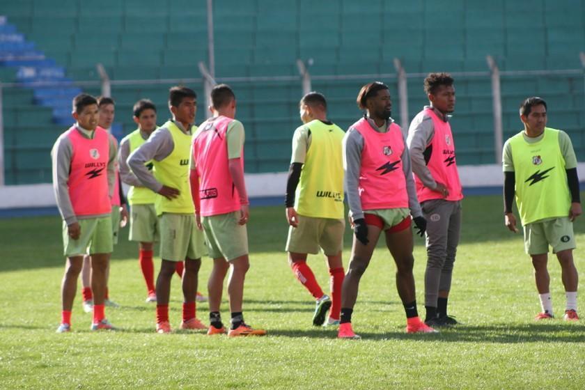 Nacional se concentra en Santa Cruz para la Sudamericana