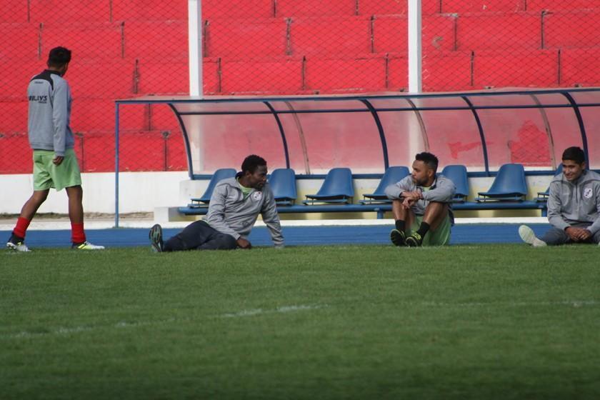 La banda roja recupera a Jennry Alaca, Thiago do Santos y Juan Carlos Galvis