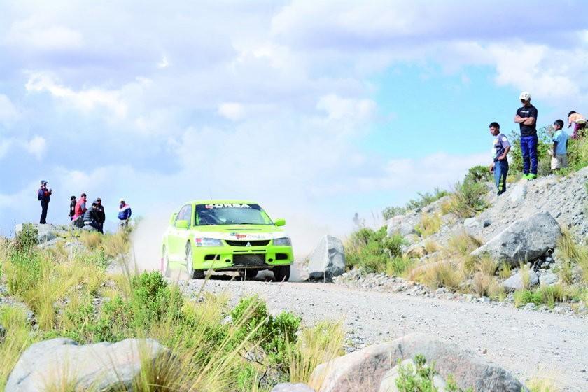 Potosí asiste con 11 pilotos a la prueba nacional de automovilismo de Tarija
