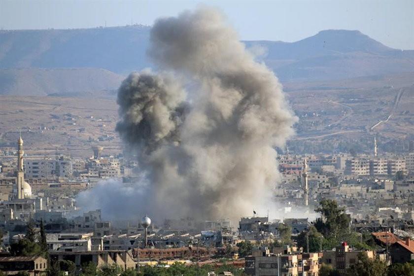 Enfrentamientos en Siria dejan 30 muertos y siguen los ataques