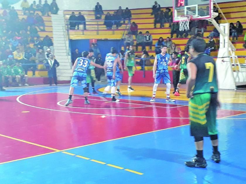 Nacional Potosí y San Juan disputarán la final del campeonato de básquet