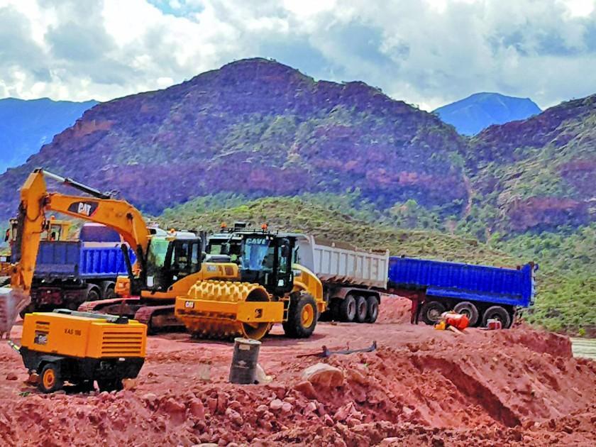 Aceleran la construcción de la carretera hacia Toro Toro