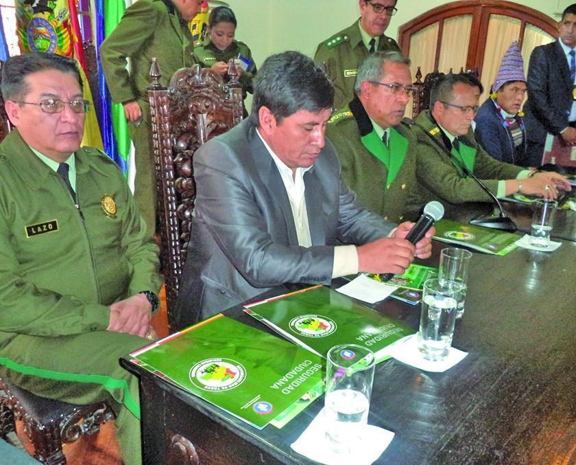 Comienzan a preparar la Parada Policial que se oficiará en Potosí