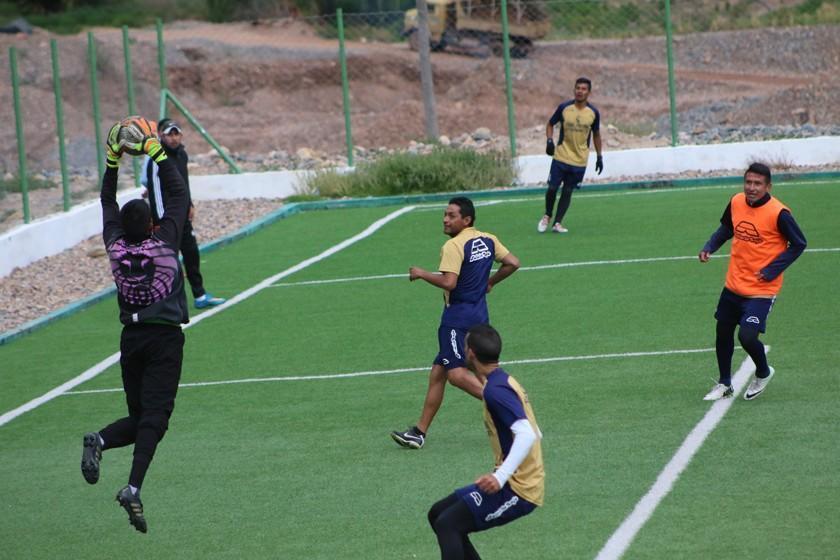 Cari toma el mando de Real Potosí y define equipo