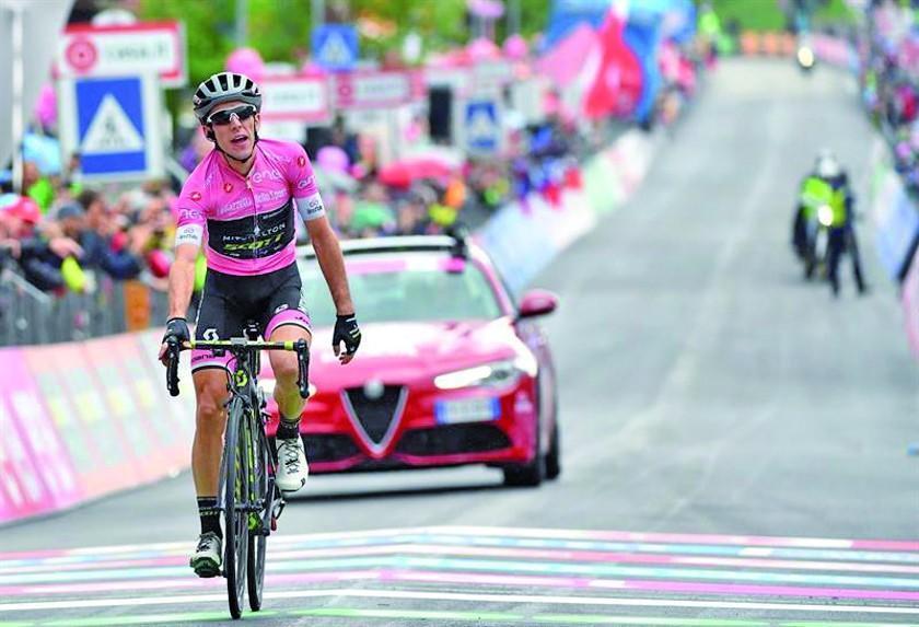 El líder Yates vence en la tercera etapa del Giro de Italia