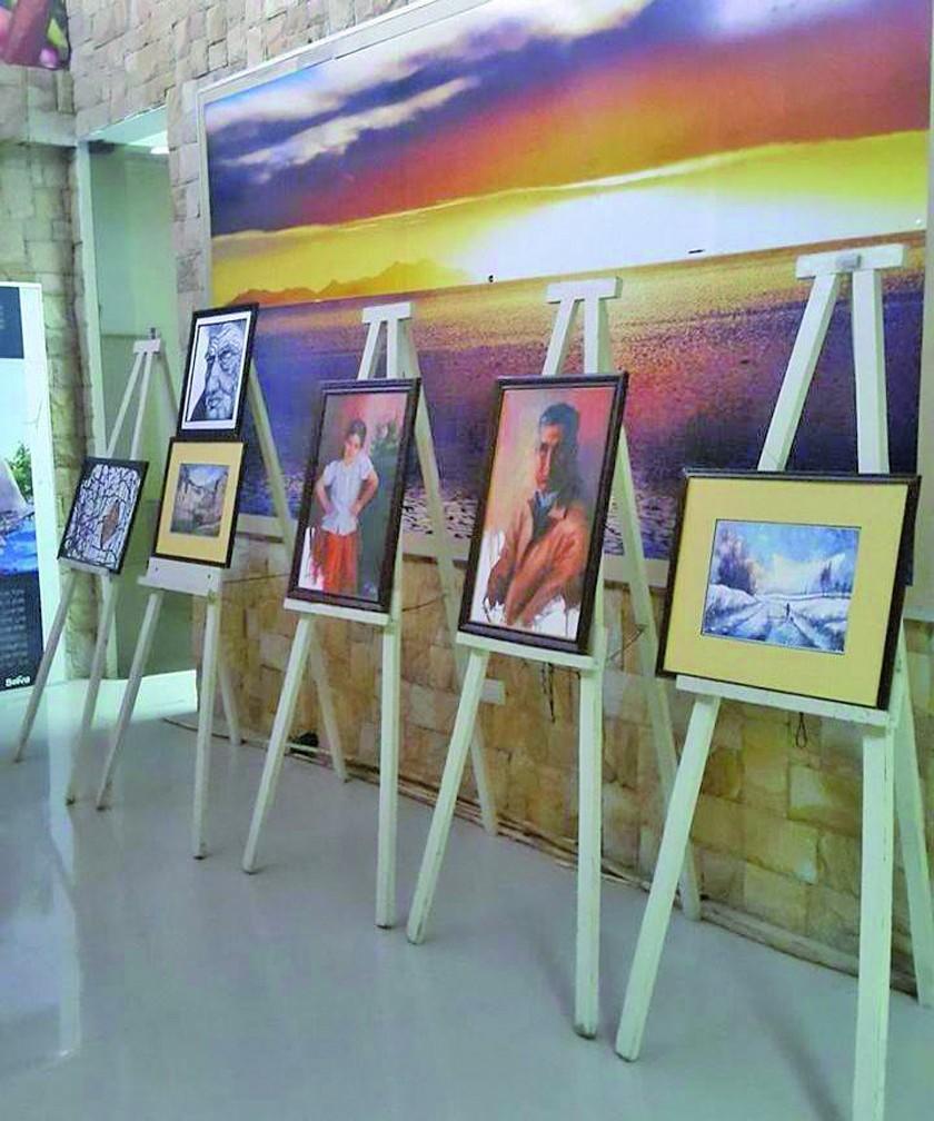 El grupo artístico Creattica expone obras en Villazón