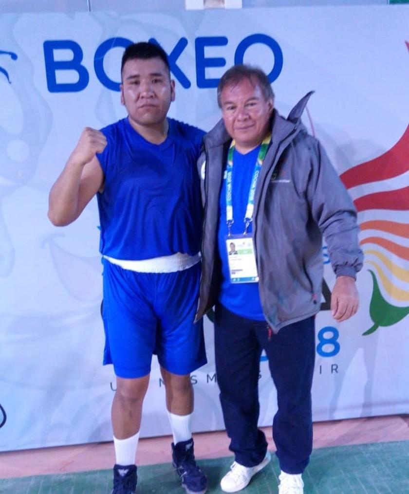 Boliviano Ever Quisbert va por el oro en boxeo en la categoría súper pesados