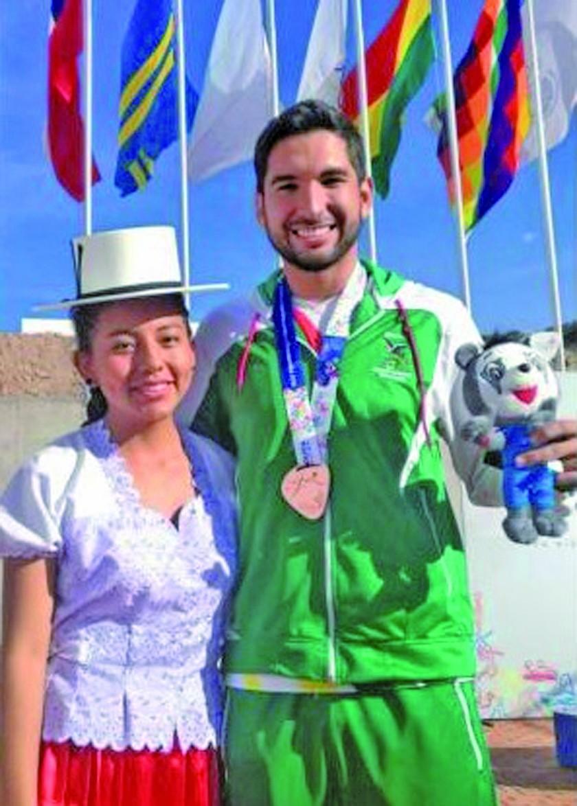 Cossio consigue el bronce en tiro deportivo