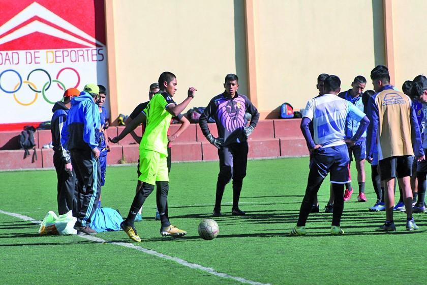 González, Gómez y Oliveira están a un paso de formar parte del equipo lila