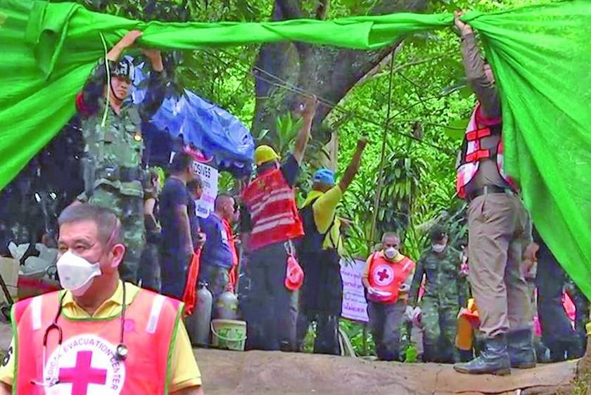 Ya son ocho los rescatados de la cueva inundada en Tailandia