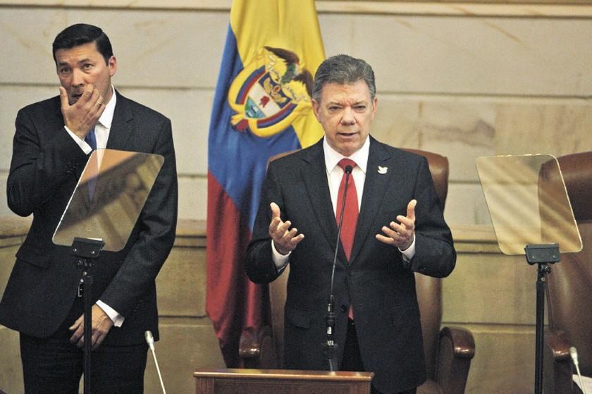 Santos da bienvenida al Congreso colombiano a exguerrilleros de las FARC
