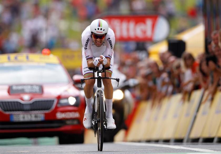 Dumoulin impone su ley en el Tour de Francia