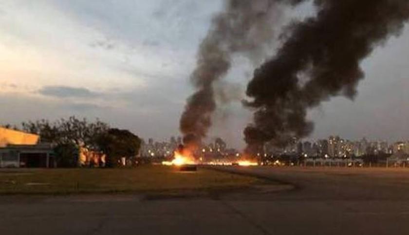 Accidente de una avioneta deja un muerto y seis heridos