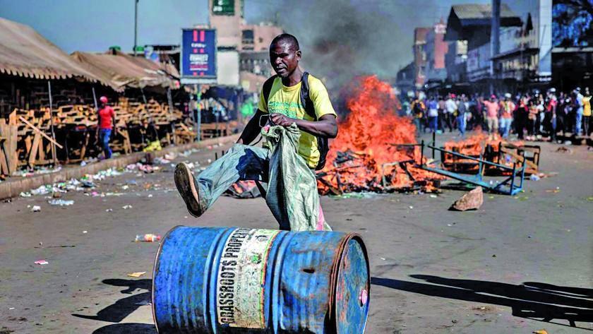 Las protestas en Zimbabue dejan tres personas fallecidas