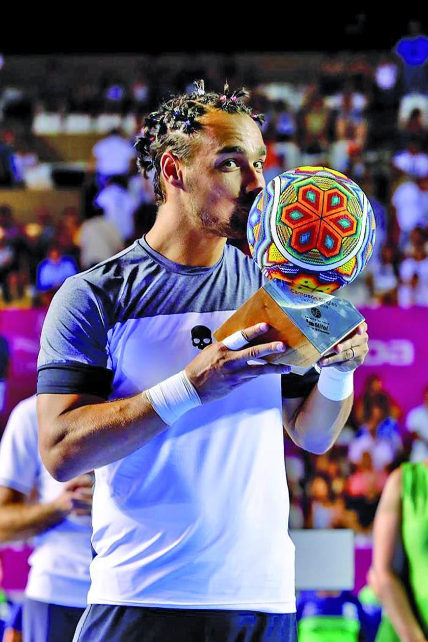 Fognini gana el título en el Abierto de Los Cabos