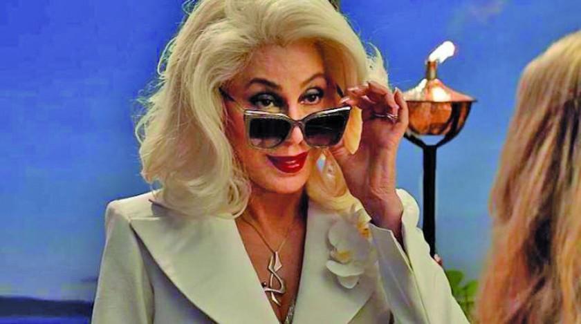 Tras paso en Mamma Mia Cher graba éxitos de Abba