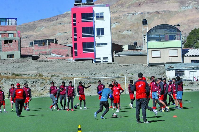 Nacional vuelve al trabajo enfocado en su próximo duelo del Clausura