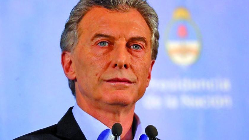 Macri acuerda con el FMI adelantar fondos para cumplir plan financiero