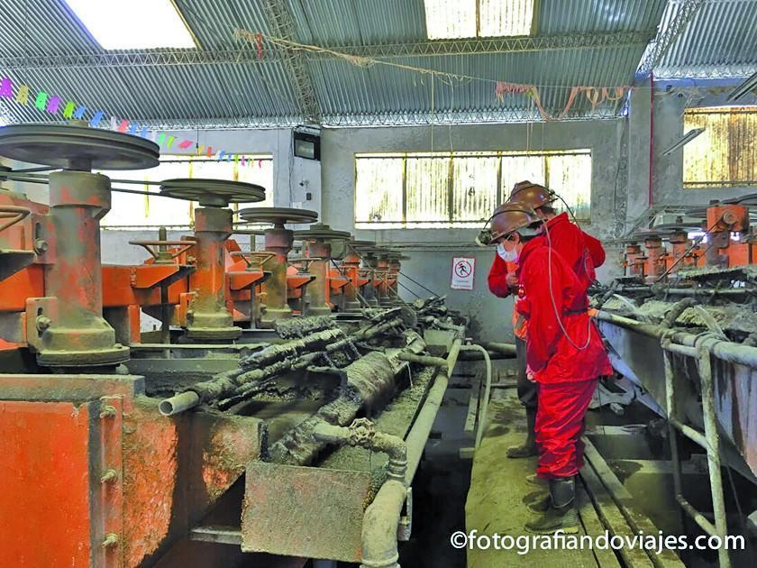 Secretario expresa inquietud por la caída del precio del zinc
