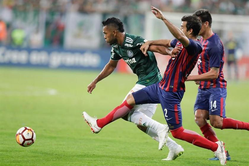 Palmeiras pasa de fase pese a perder en su casa ante Cerro Porteño