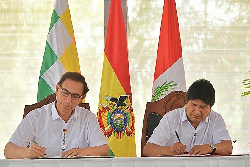 Gabinete Perú - Bolivia termina con la firma de doce convenios