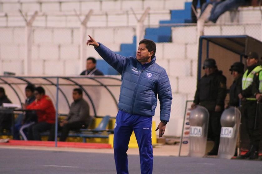 Eduardo Villegas busca jugar un amistoso