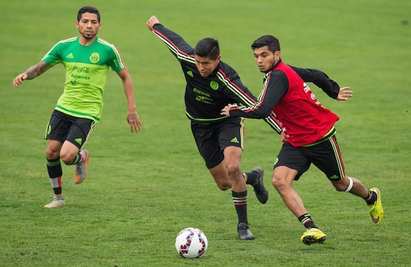 México y Uruguay se retan con técnicos provisionales