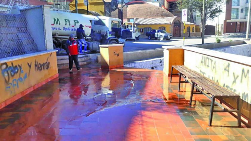 EMAP sigue con limpieza de plazuelas en la ciudad