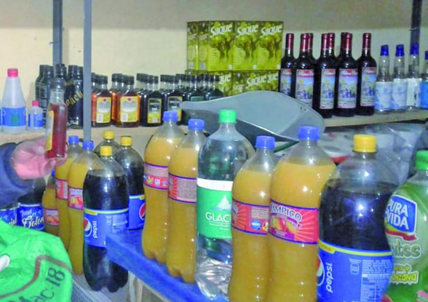 Entregan 200 carnés de sanidad en San Cristóbal