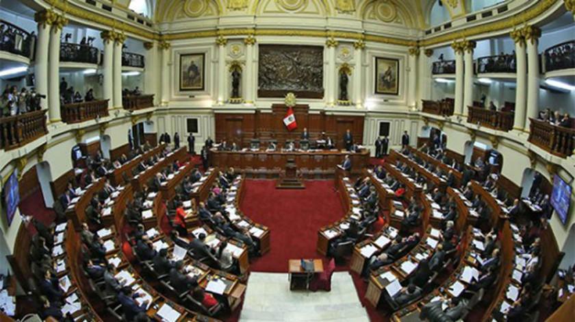 El fujimorismo cede en el Congreso y ofrece entendimiento a Vizcarra