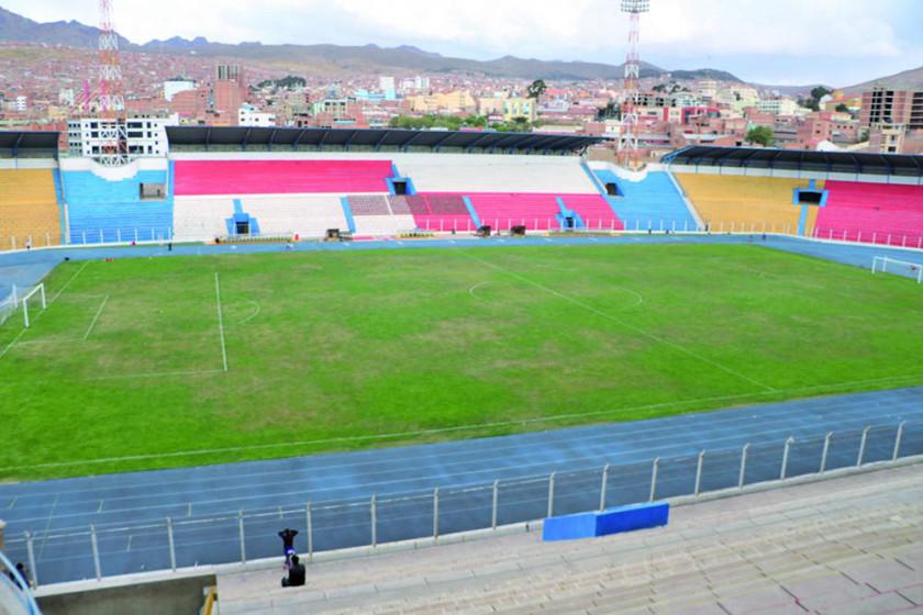 Gobernación recibe los papeles de derecho propietario del estadio