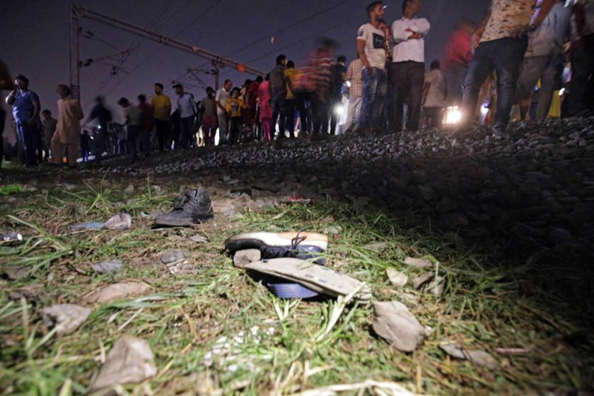 Un atropello de tren en la India provoca 58 personas fallecidas