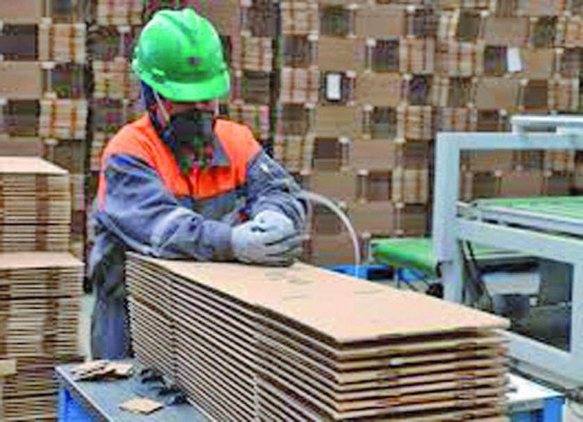 Trabajadores rechazan la cancelación del segundo aguinaldo con productos