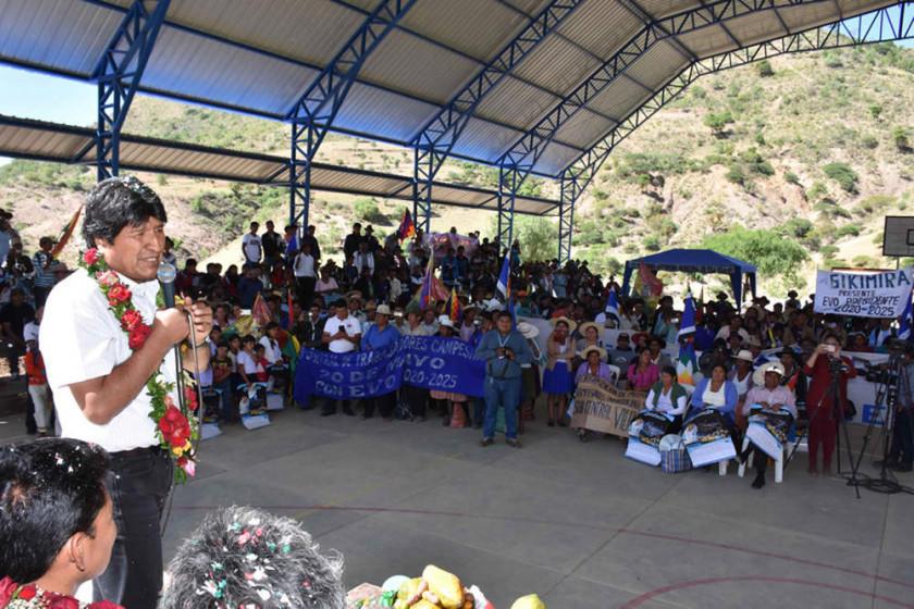 Evo garantiza el programa Mi Luz y el Gobierno financiará el 70 %